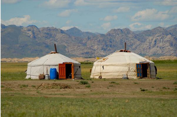 决定蒙古包价格的因素
